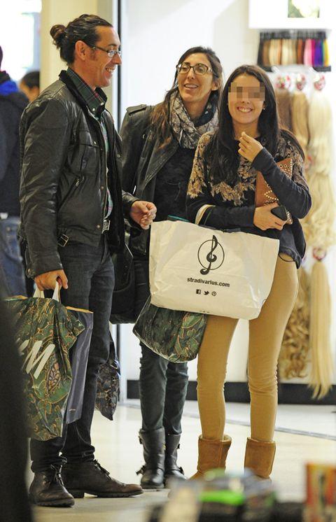 Clothing, Leg, Product, Trousers, Textile, Jeans, Jacket, Outerwear, Coat, Bag,