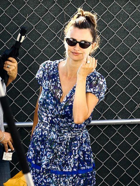 Eyewear, Vision care, Sunglasses, Hand, Dress, Style, Pattern, Street fashion, Fashion, Electric blue,