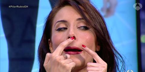 Finger, Lip, Cheek, Hairstyle, Skin, Eyebrow, Eyelash, Hand, Nail, Organ,