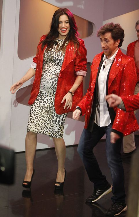 Footwear, Leg, Shoe, Trousers, Coat, Red, Shirt, Outerwear, Style, Dress,