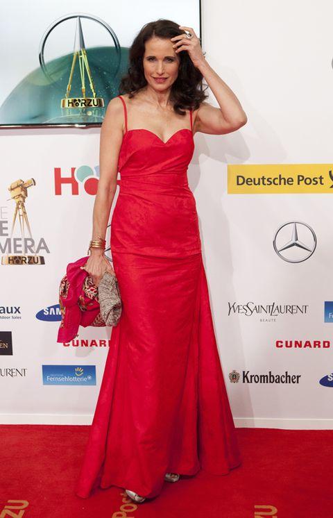 Clothing, Dress, Shoulder, Textile, Red, Flooring, Formal wear, Style, One-piece garment, Carpet,