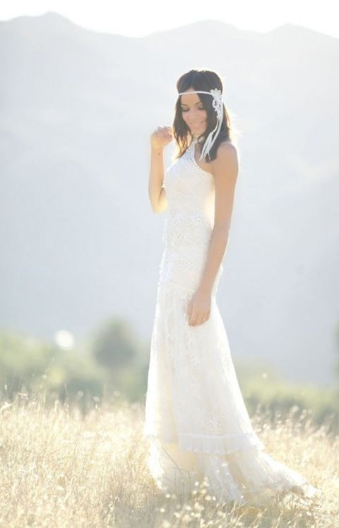 Clothing, Human, Sleeve, Dress, Photograph, White, Happy, Wedding dress, Bridal clothing, Formal wear,