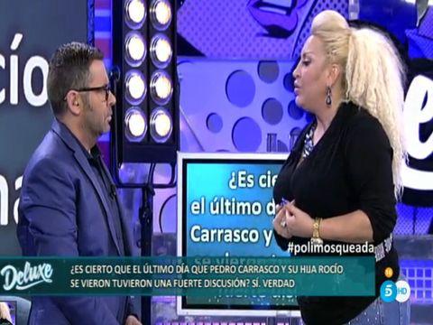 Electric blue, Television presenter, News, Newscaster, Television program, Majorelle blue, Cobalt blue, Blond, White-collar worker, Newsreader,