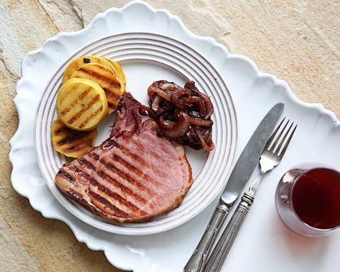 Dishware, Food, Cuisine, Serveware, Tableware, Plate, Breakfast, Cutlery, Dish, Kitchen utensil,