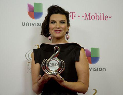 Hand, Award, Logo, Eyelash, Award ceremony, Cosmetics, Makeover, Hair coloring, Earrings,