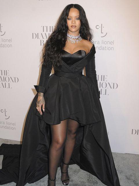 Clothing, Fashion model, Dress, Shoulder, Fashion, Thigh, Leg, Little black dress, Hairstyle, Long hair,
