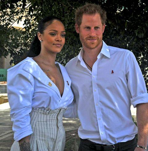 Sleeve, Collar, Dress shirt, Shirt, Pocket, Watch, Waist, Belt, Polo shirt, Love,