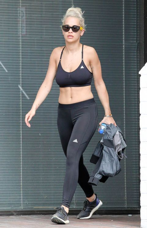 Clothing, Eyewear, Shoulder, Goggles, Shoe, Sportswear, Joint, Human leg, Sunglasses, Active pants,