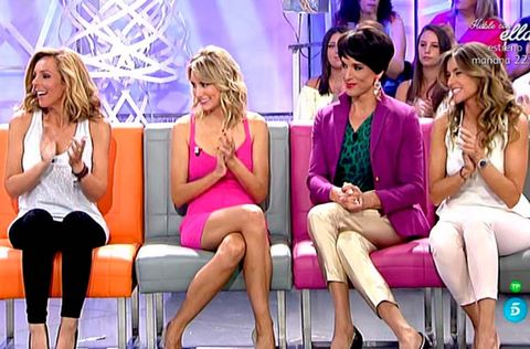 Hair, Face, Leg, Sitting, Thigh, Fashion accessory, Fashion, Blond, Television program, Television presenter,