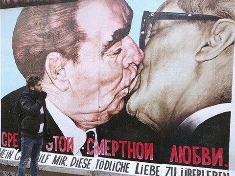 Poster, Forehead, Street art, Art, Interaction, Love, Illustration, Photo caption,