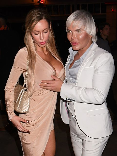 Fashion, Blond, Nightclub, Dress, Event, Chest, Cocktail dress, Fashion design,