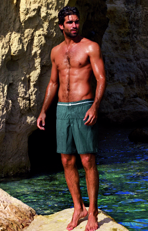 Human, Human body, Human leg, board short, People in nature, Barechested, Shorts, Chest, Trunks, Muscle,