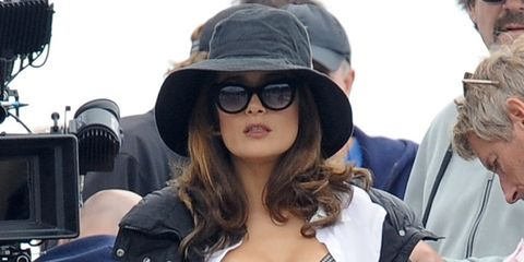 Clothing, Eyewear, Vision care, Outerwear, Hat, Jacket, Street fashion, Cool, Sunglasses, Goggles,