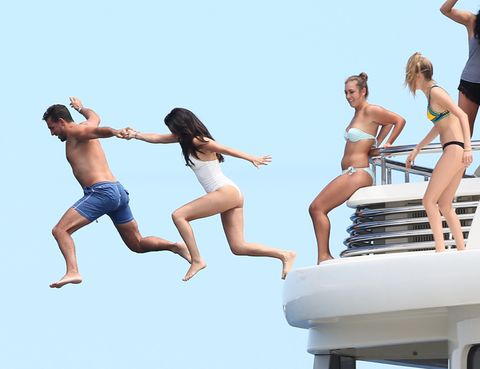Arm, Leg, Fun, Daytime, Leisure, Human leg, Recreation, Photograph, Happy, People in nature,