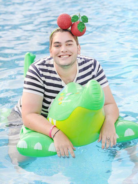 Fun, Green, Ball, Recreation, Water, Leisure, Aqua, Happy, People in nature, Summer,