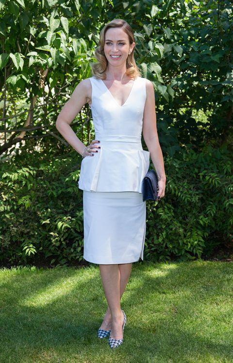 Clothing, Shoulder, Joint, Dress, Formal wear, Summer, Waist, One-piece garment, Day dress, Spring,
