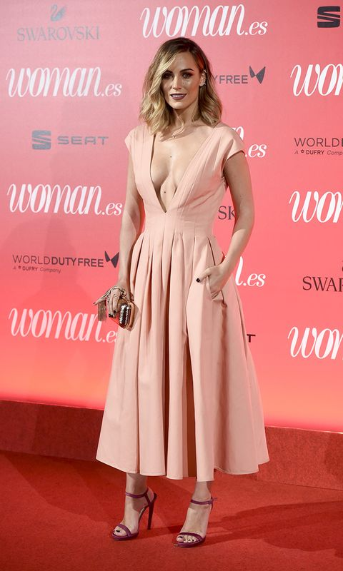 Clothing, Dress, Pink, Fashion model, Shoulder, Premiere, Red carpet, Hairstyle, Fashion, Footwear,