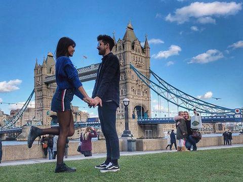 Sky, Coat, Tourism, Cable-stayed bridge, Bridge, Extradosed bridge, Suspension bridge, Honeymoon, Love,