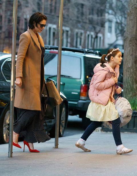 Clothing, Footwear, Leg, Trousers, Human leg, Bag, Textile, Photograph, Street, Outerwear,