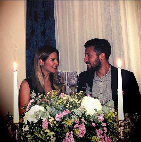 Bouquet, Coat, Outerwear, Petal, Suit, Happy, Floristry, Flower, Cut flowers, Formal wear,