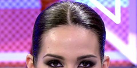 Hair, Face, Eyebrow, Forehead, Nose, Facial expression, Skin, Cheek, Hairstyle, Lip,