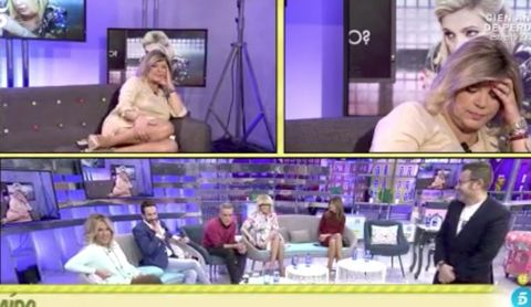 Purple, Violet, Photograph, Facial expression, People, Television program, Snapshot, Fun, Media, Human,
