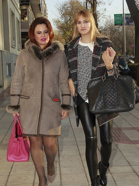 Clothing, Tights, Street fashion, Fashion, Snapshot, Fur, Outerwear, Leggings, Pink, Leg,