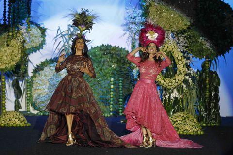 Performing arts, Dance, Event, Costume design, Hula, Performance art, Dancer, Performance, World, Art,