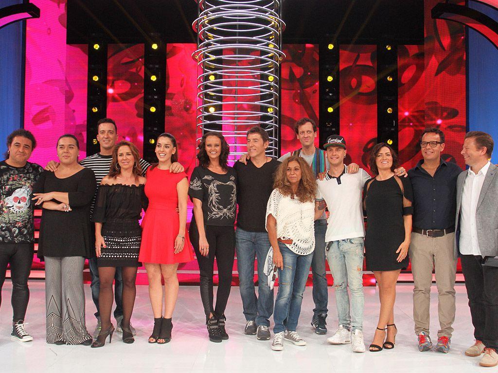 Vicky Larraz Se Despelota A Los 54 Años
