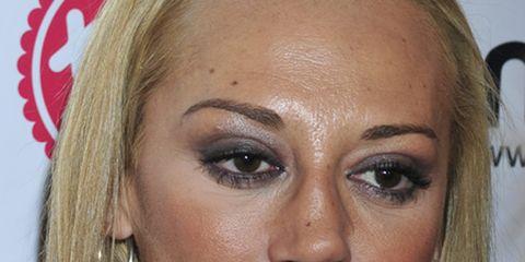 Hair, Lip, Cheek, Brown, Hairstyle, Skin, Earrings, Chin, Forehead, Eyelash,