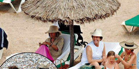 Eyewear, Vision care, Human, People, Hat, Human body, Leisure, Tourism, Summer, Fashion accessory,