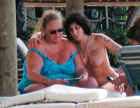 Leisure, Chest, Summer, Sunglasses, Vacation, Sitting, Barechested, Trunk, Jewellery, Muscle,