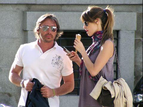 Eyewear, Vision care, Hand, Fashion accessory, Bag, Sunglasses, Wrist, Street fashion, Luggage and bags, Earrings,