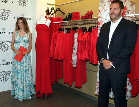 Clothing, Trousers, Coat, Red, Outerwear, Suit trousers, Suit, Formal wear, Dress, Collar,