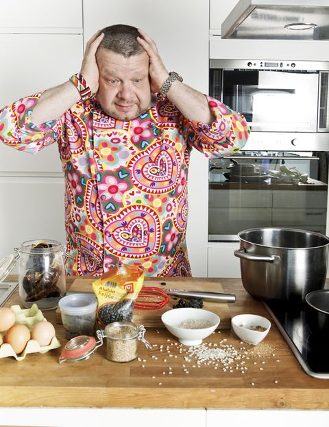 Serveware, Food, Tableware, Cuisine, Table, Dishware, Bowl, Dish, Meal, Cooking,