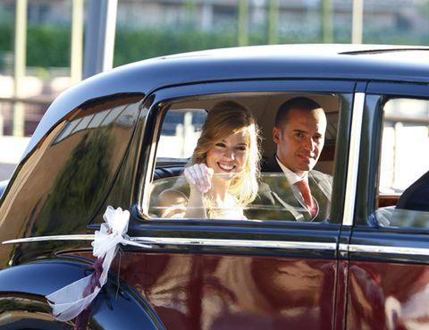 Vehicle, Classic car, Car, Antique car, Suit, Classic, Vehicle door, Luxury vehicle, Vintage car, Automotive window part,