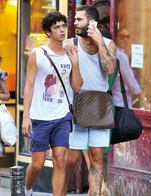 Shorts, Active shorts, Bag, Fashion, Sleeveless shirt, Luggage and bags, Bermuda shorts, Street fashion, Beard, Trunks,
