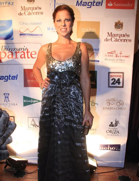 Shoulder, Dress, Flooring, Style, Premiere, Logo, One-piece garment, Fashion, Eyelash, Day dress,