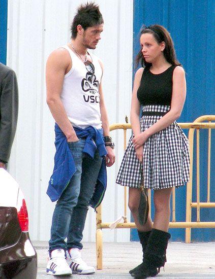 Clothing, Leg, Blue, Trousers, Outerwear, Jeans, Denim, Sleeveless shirt, Style, Street fashion,