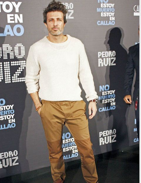 Brown, Sleeve, Trousers, Shoe, Style, Logo, Fashion, Pocket, Beige, Khaki,