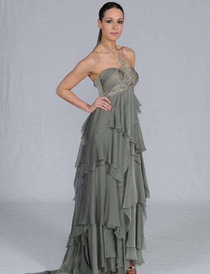 Clothing, Shoulder, Dress, Textile, Joint, Standing, Gown, One-piece garment, Formal wear, Fashion model,