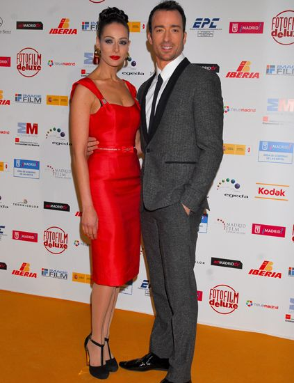 Dress, Coat, Trousers, Flooring, Shirt, Red, Outerwear, Style, Suit, Premiere,