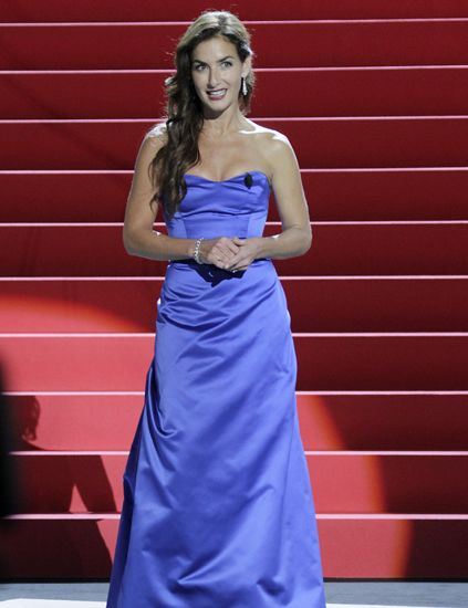 Clothing, Blue, Dress, Shoulder, Red, One-piece garment, Formal wear, Style, Electric blue, Gown,