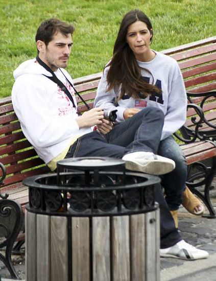 Sitting, Bench, Outdoor bench, Comfort, Outdoor furniture, Conversation, Lap, Tie, Waste containment, Waste container,