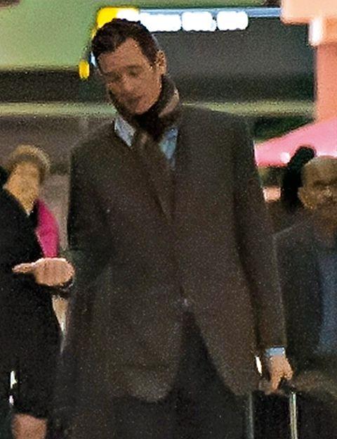 Ball, Coat, Blazer, Suit trousers, Overcoat, Cuff, Pocket, Frock coat, Football, Button,