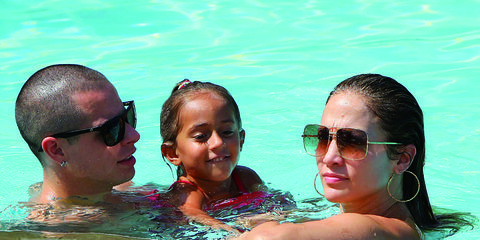 Face, Eyewear, Head, Nose, Mouth, Fun, People, Recreation, Water, Leisure,