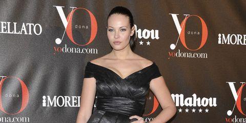Clothing, Human, Dress, Shoulder, Red, Flooring, Style, Formal wear, One-piece garment, Fashion model,