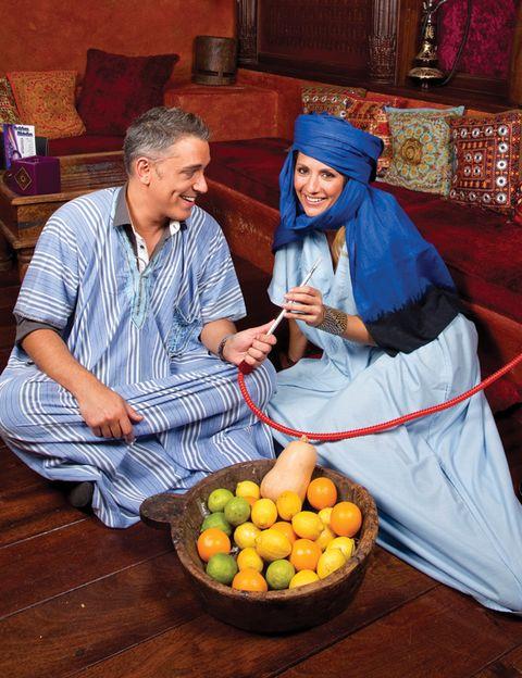 Produce, Hat, Fruit, Citrus, Natural foods, Tangerine, Ingredient, Sitting, Tangelo, Living room,