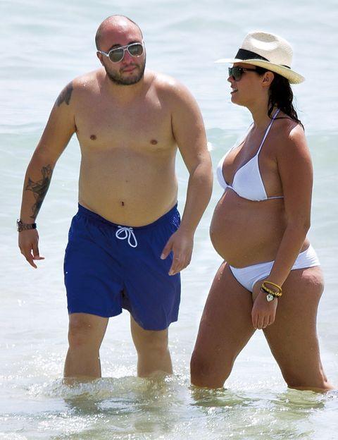 Eyewear, Arm, Vision care, Goggles, Leg, Fun, Human body, People on beach, Brassiere, Sunglasses,