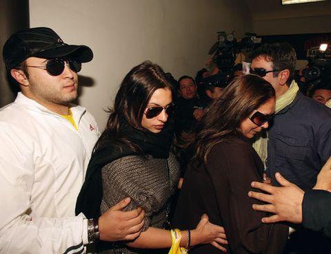Eyewear, Hair, Arm, Vision care, Glasses, Sunglasses, Fashion accessory, Cap, Cool, Fashion,